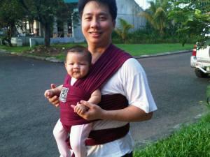 Jual gendongan bayi hanaroo di Surabaya
